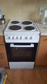 Swan freestanding cooker