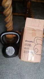 BNIB Set of 3 Bodymax Cast Iron Kettlebells Weights