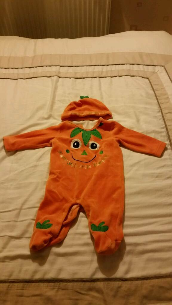 Pumpkin Outfit 0-3 Months