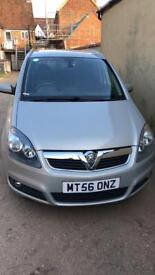 Selling my genuine Vauxhall Zafira 1.8 1 owner low mileage