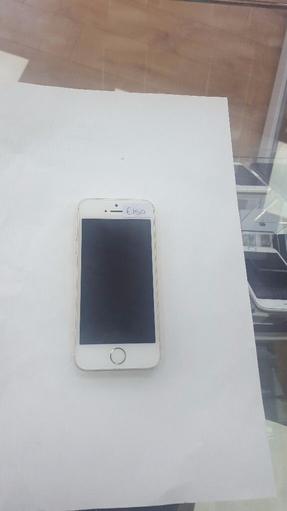 IPHONE 5S GOLD UNLOCKEDin Bradford, West YorkshireGumtree - iPhone 5s 16gb Gold Open to all networks Grade b condition Short battery life, hence cheap
