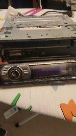 car stereo: SONY CDX-GT616U