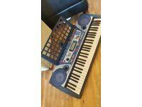 Yamaha music keyboard PSR 260