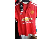 Manchester united 17/18 home kids 9-10