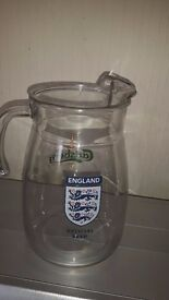 Jug lovely to put your water in in the summer big size England/Carlsburg moto