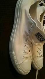 Converse allstar trainers shoes new size uk 12 never worn shop return slight dirt mark