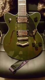 Electric Guitar: Gretsch Streamliner - MINT CONDITION Never gigged, dark green