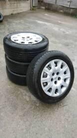 Toyota avensis tyres