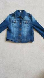Girls Denim Jacket Aged 6-7, 116-122cm
