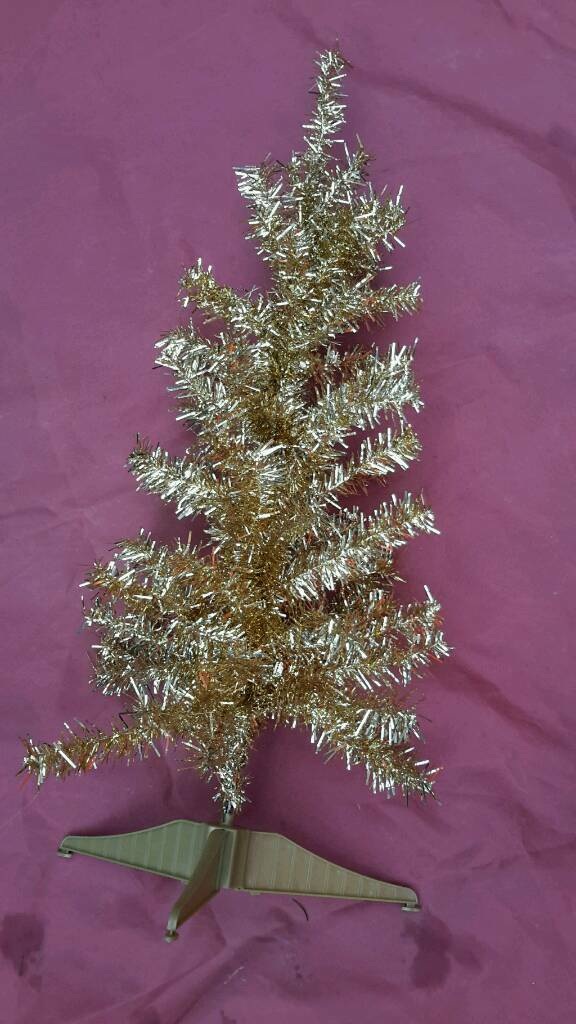 Christmas tree in gold tinsel, 3 feet, vgc
