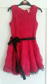 Girls pink party dress size 5 years