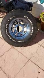Land Rover Chrome Weller 4x4 15 inch wheels x5 with BF Goodrich 30 x 9.5 x 15