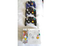 2xGame Cube controllers, 2xSOLD