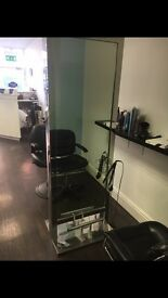 HAIRDRESSING DOUBLE SIDED STATION/MIRROR