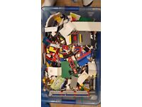 15kg of assorted lego- 60 minifigures, 5 lego bases and 10+ bionicles + instructions