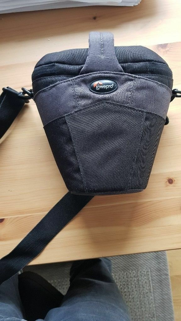 Lowepro Cirrus TLZ 15 Padded DSLR camera Bag