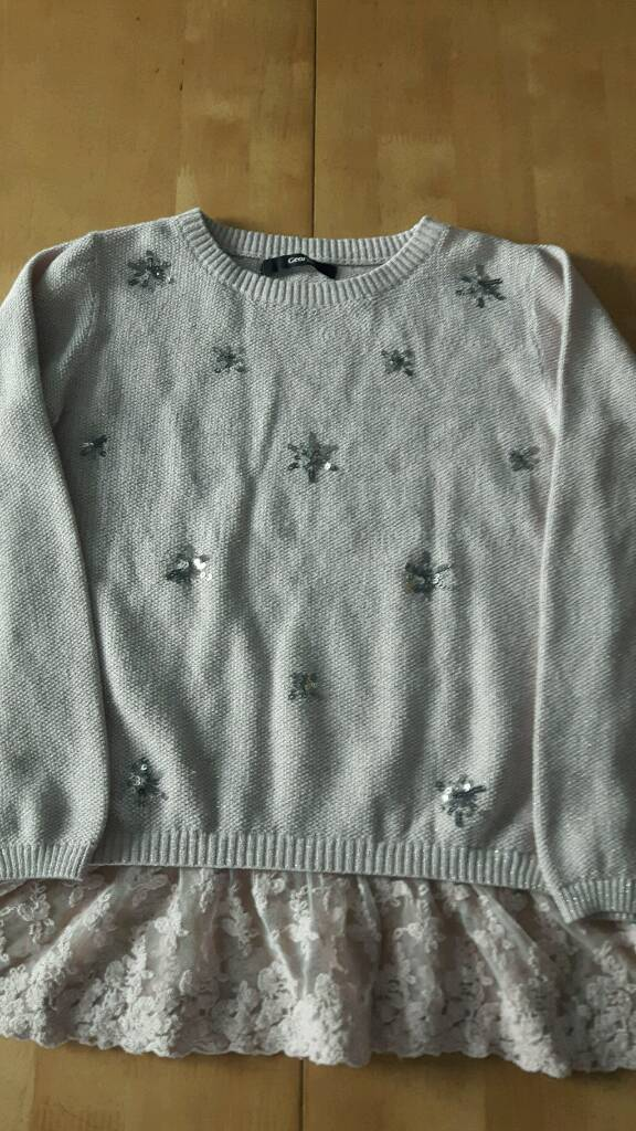 Girls sparkly pink jumper age 7-8 years