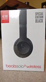 Beats Solo3 Wireless Matte Black headphones *NEW*