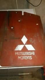 Mitsubishi rear mudflaps