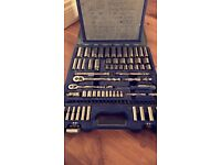 Great condition bluepoint 100pc set