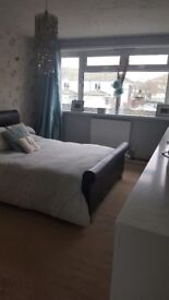 EXCHANGE ONLY Large 2 bed house separate dining room