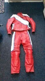 Two piece ladies leathers.