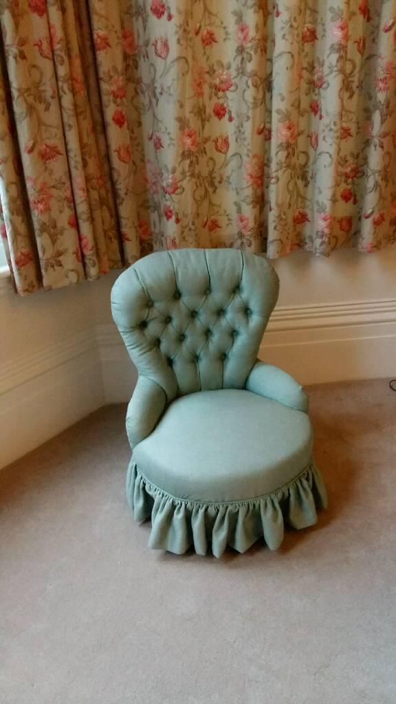 Antique Buttonback Nursing Chair