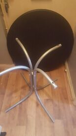 Dining room table with 3 chairs. A little damage. Only wanting £15