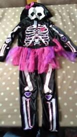 Unused 3-4 year old Halloween costume