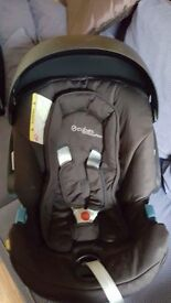 Cybex Aton Carseat, Isofix Base, Adapters and Raincover