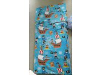 Child's bed set. Pirate design. Duvet cover, pillowcase and fitted sheet.