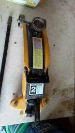 2 ton hydraulic trolley jack.used.