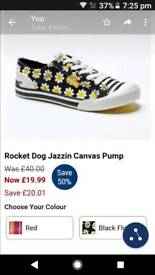 Rocket dog canvas pumps