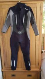 Full length wetsuit great condition