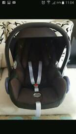 MAXI COSI CAR SEATS. 2 FOR SALE. GREAT CONDITION. NEED GONE. BLACK.
