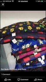 Dog cushions & beds