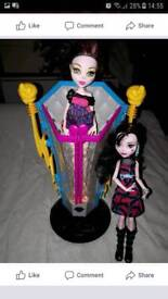 Monster High Freaky Fusion Recharge Chamber with dolls