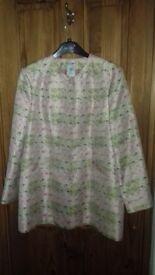 100% vintage silk jacket to fit size 16