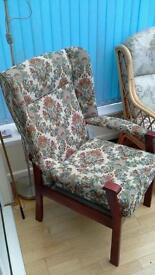 Wingbacked arm chair.