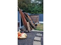 ** FREE TO COLLECTOR *** old fence panels as fire wood