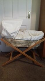 Mammas and pappas moses basket and stand