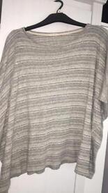 'Oysho' 3/4 sleeved jumper/top.