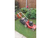 Lawn mower mountfield