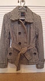 short coat houndstooth pattern size S