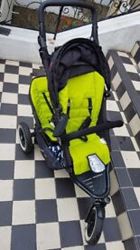 Phil and Ted's Dot double buggy with infant cocoon