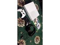 xbox one s 500gb 2controllers 2games