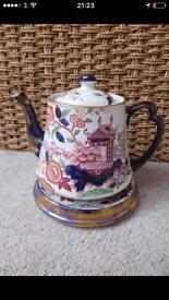 Britannia Pottery Teapot (1920-1939)