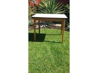 Vintage 50s / 60s table formica only £10 pick up HU12 9QN Thorngumbald