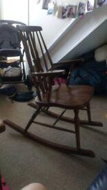 Rocking / nursing chair
