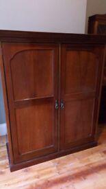 19th Century Mahogany wardrobe with integrated mirror